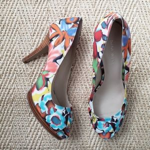 NINE WEST Floral Print Peep Toe Pump 6.5M